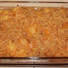 Paula Deen's Pineapple Casserole @keyingredient #cheese #cheddar #casserole #glutenfree