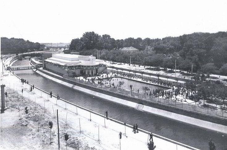 Imágenes del viejo Madrid.  Piscina de la Isla 1931, cerca del Puente del Rey