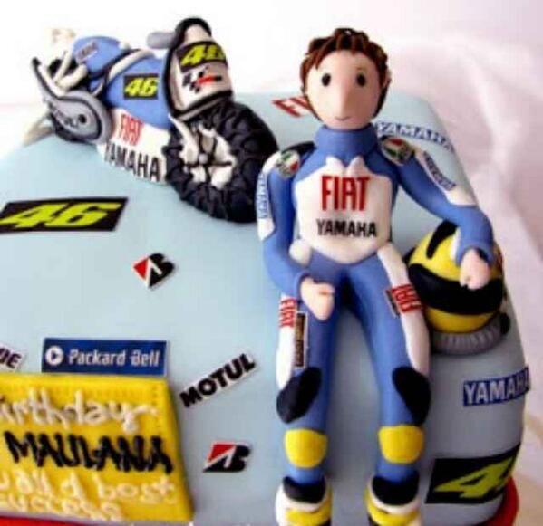 Buon compleanno - torta #ValentinoRossi