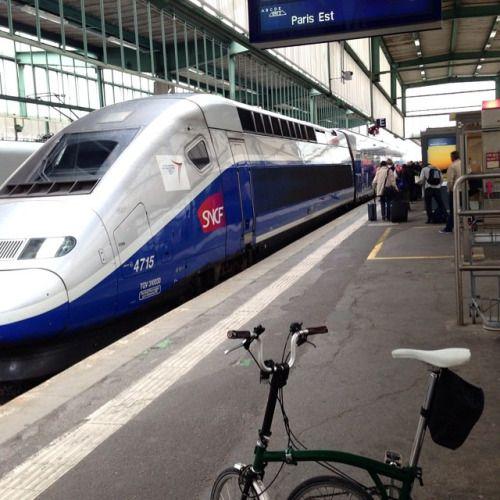 Paris bound. #brompton #stuttgart #TGV by teisuke