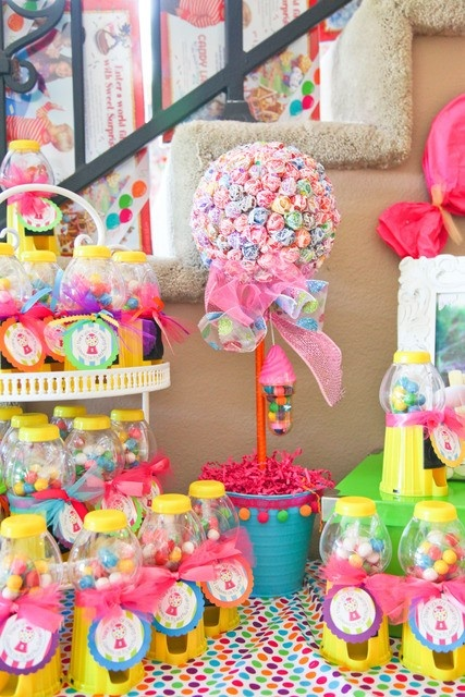 Gumball machine for a candyland birthday party favors!!!!