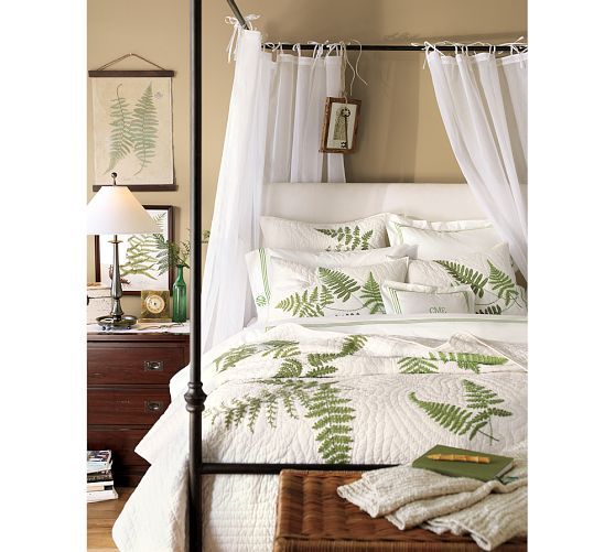 Best Antonia Canopy Bed Pottery Barn Favorite Bedrooms 400 x 300