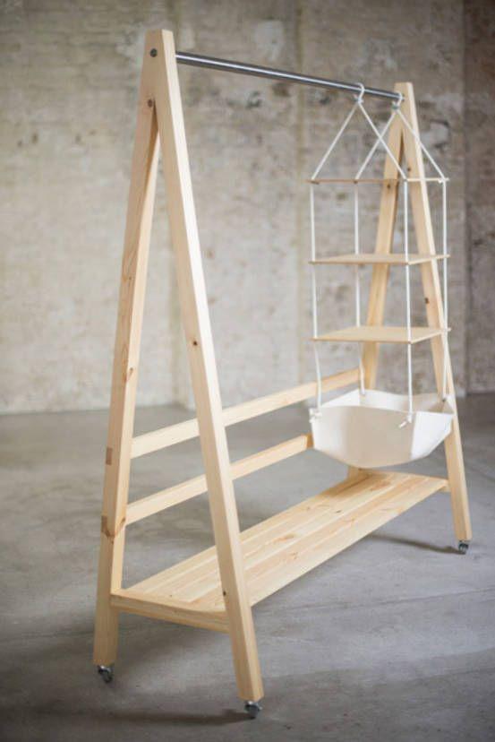 Kleiderstange Swing : Wardrobes & closets by ekomia