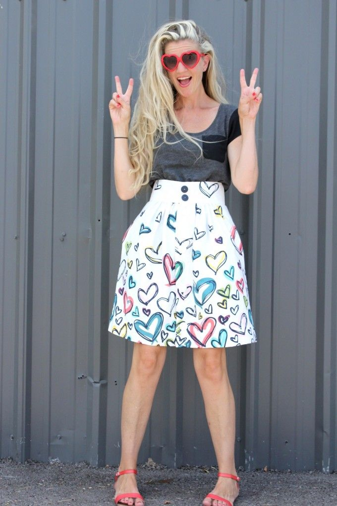 The Anywhere Skirt from MADE in Happy Home Fabrics... So want this w/extra inches at bottom!!