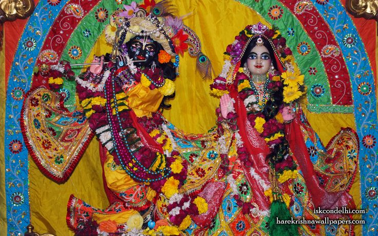 To view Radha Parthasarathi Wallpaper of ISKCON Dellhi in difference sizes visit - http://harekrishnawallpapers.com/sri-sri-radha-parthasarathi-iskcon-delhi-wallpaper-011/