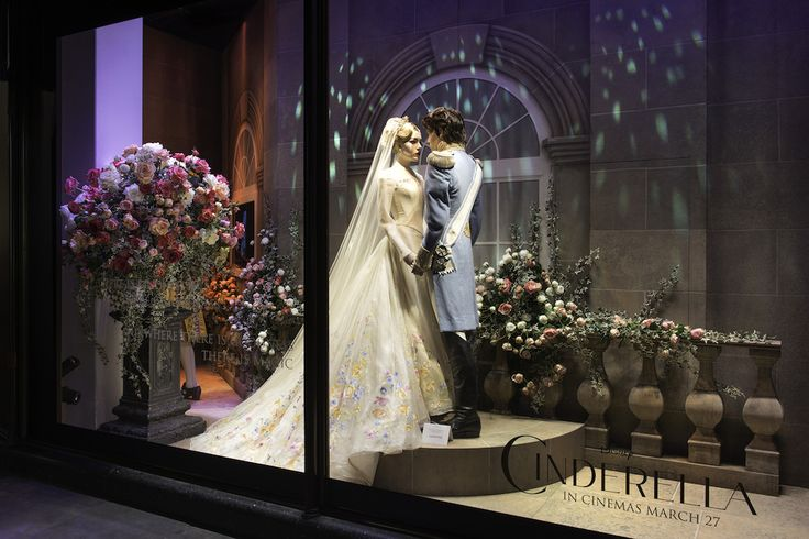 Stores Around the World Celebrate Cinderella with Beautiful Displays | Fashion | Disney Style