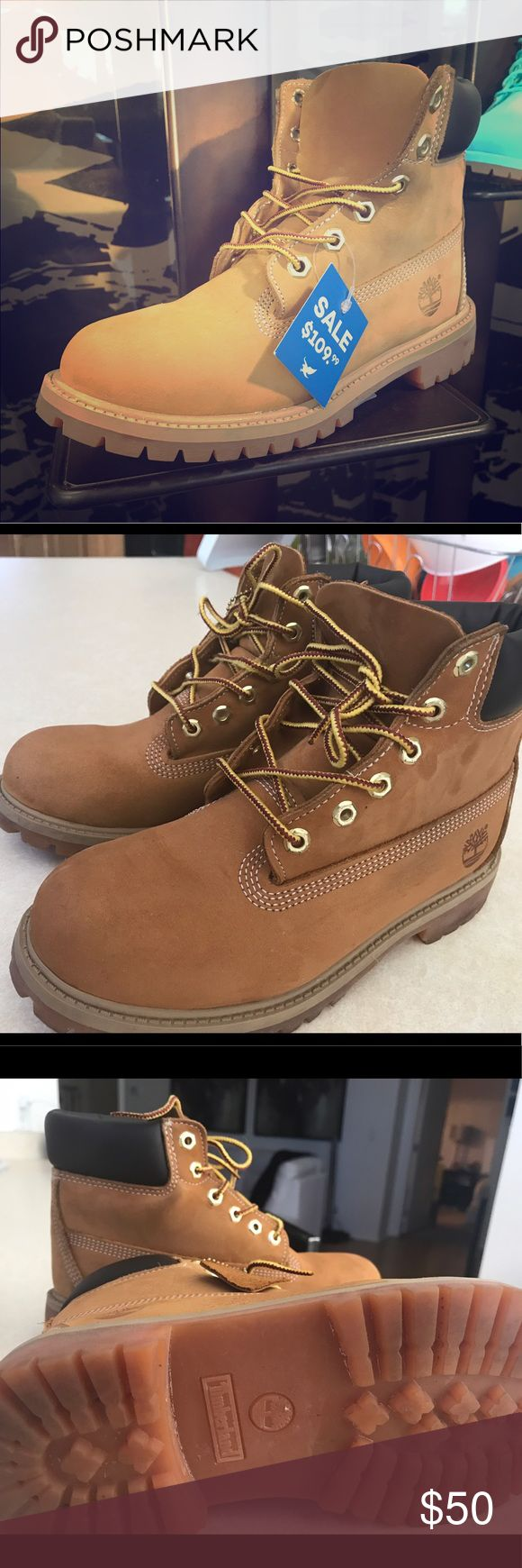 Timberland  boots Gently worn,in good condition..size men/youth size 3 .. women size 5 Timberland Shoes Combat & Moto Boots