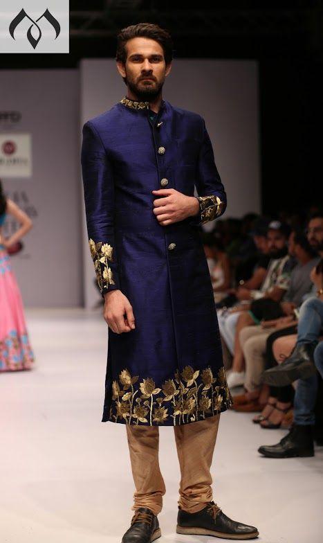 #irw #indiarunwayweek #indianmenswear #couturemenswear #indiancouture #sherwani #couturesherwani #inidancouturesherwani Contact Details:040-65550855/9949047889 Watsapp:8142029190/9010906544 Email-id:Mugdha410@gmail.com Instagram:MugdhaArtStudio