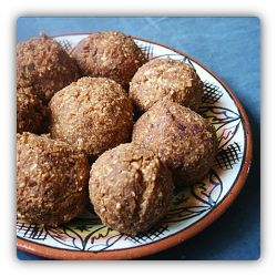 Kuli Kuli is national food (dish) of Benin