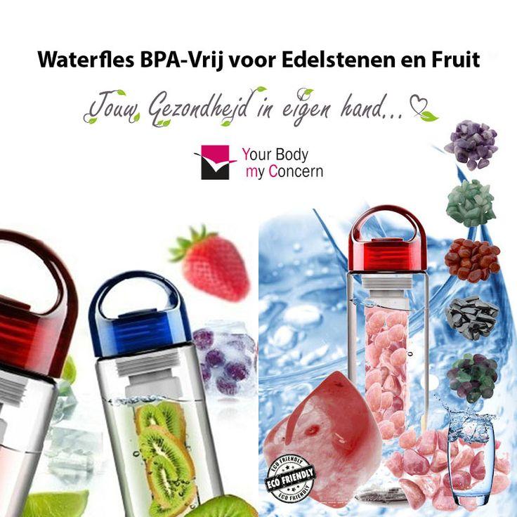 Waterfles BPA-VRIJ, idelale drinkfles 700 ml. Houder in de fles te vullen met zuiverende en helende edelstenen of een mix van gezond en heerlijk fruit.