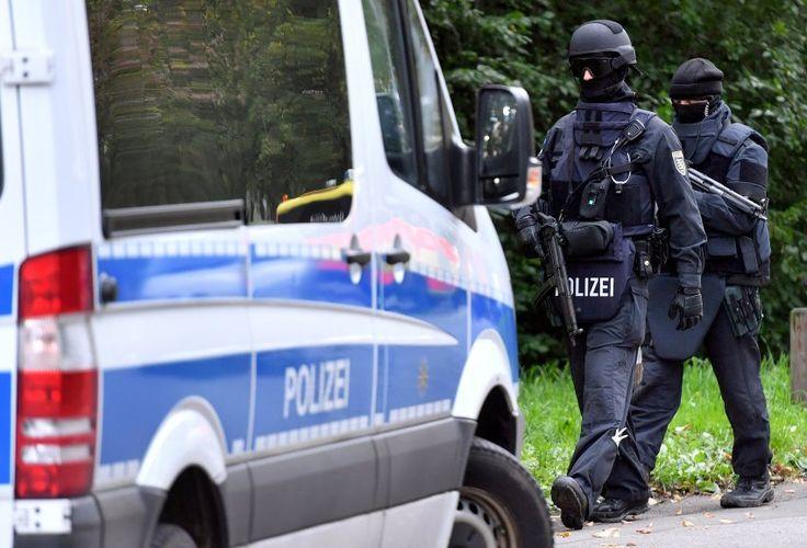 Terrorverdächtiger aus Chemnitz: De Maizière sieht Parallelen zu Paris und Brüssel - SPIEGEL ONLINE - Politik