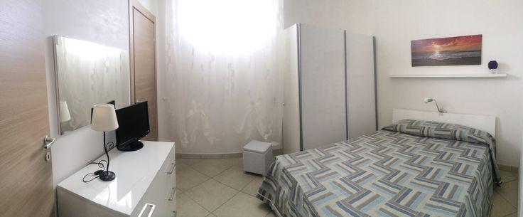 """Camera matrimoniale con bagno annesso """"ORTENSIA"""" Master bedroom with attached bathroom"""