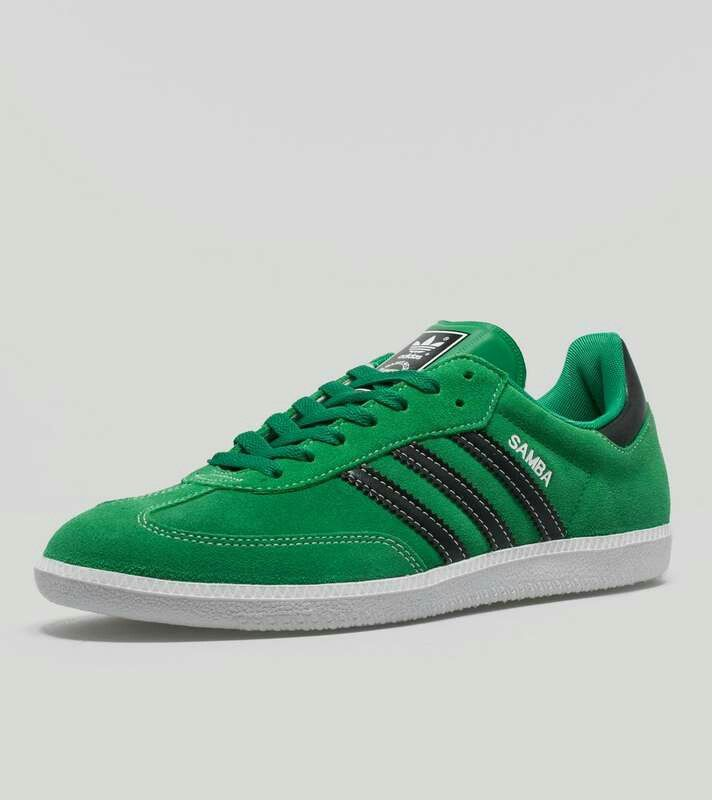 Stunning colourway on these Sambas - Fairway Green suede / Night Black  leather trim