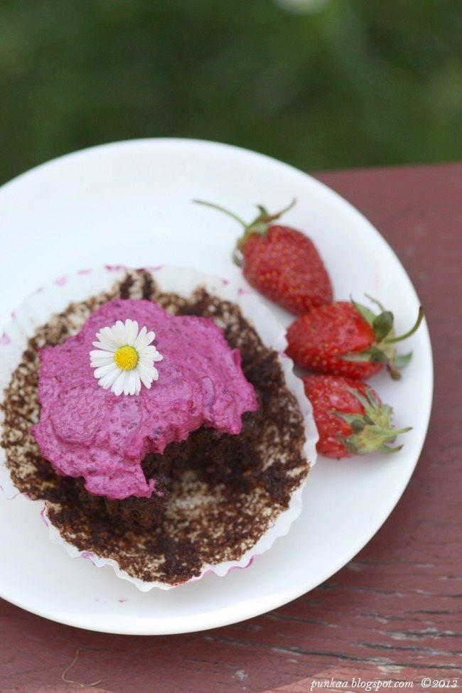 Ragacsos csokis céklás vegán muffin céklás mascarponekrémmel