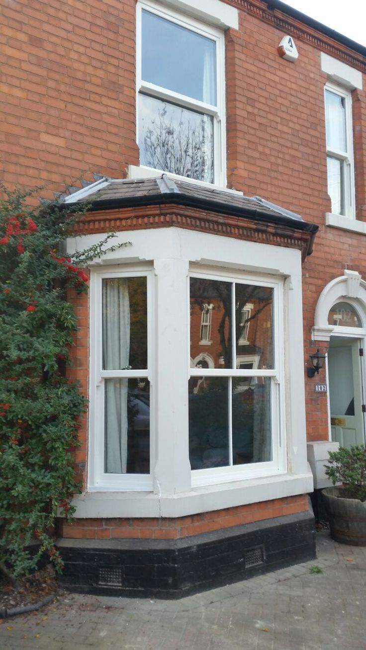 Sliding windows for homes - Charisma Rose Roseview Vertical Sliding Sash Windows In White With Authentic Run Though Sash Horns