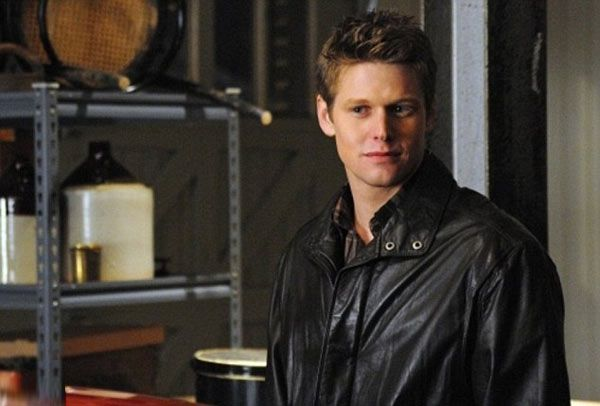 'Vampire Diaries' Star Zach Roerig Wins Sole Custody Of Daughter, 2