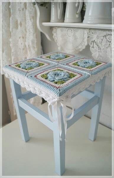 Pretty table cover
