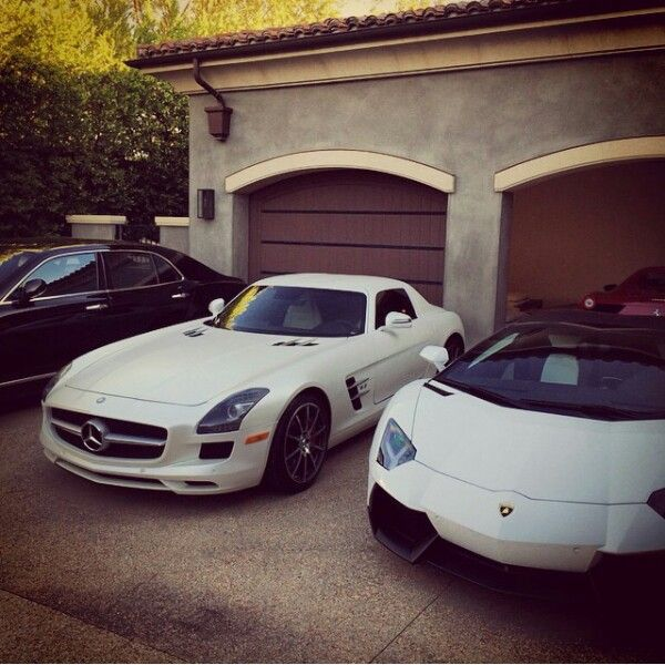 Kourtney kardashian and scott disick cars
