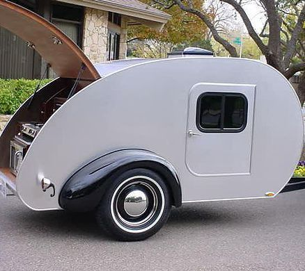 Juno 001 was the first ever teardrop to be produced by Juno Custom Teardrops.  This teardrop trailer might have been the first, but it would not be the last.