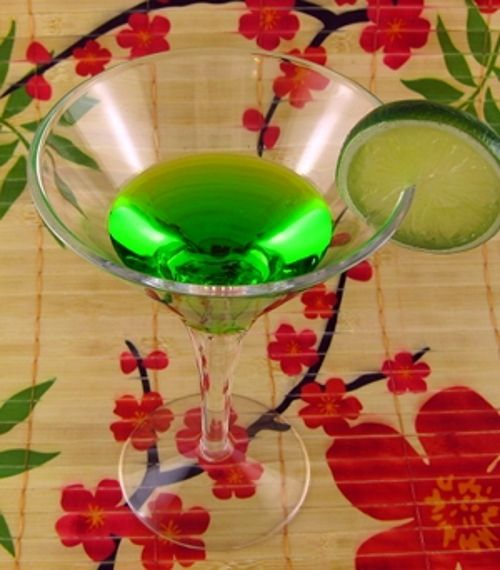 Honeydew Martini recipe: Midori, Vodka, Triple Sec