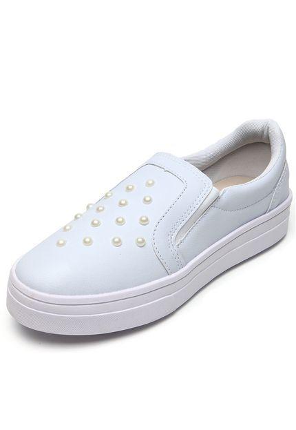 f86af10e3458 Slip On DAFITI SHOES Perolado Branco - Marca DAFITI SHOES | Sneakers ...