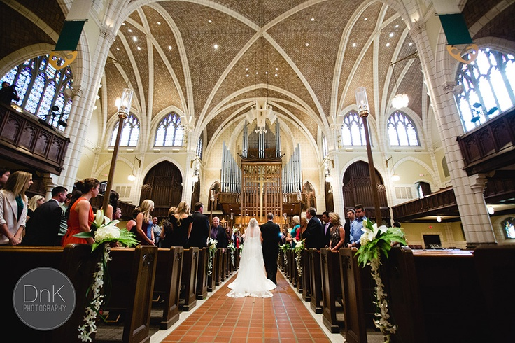 Minnesota Wedding Ceremony Locations: Central Lutheran Church Minneapolis