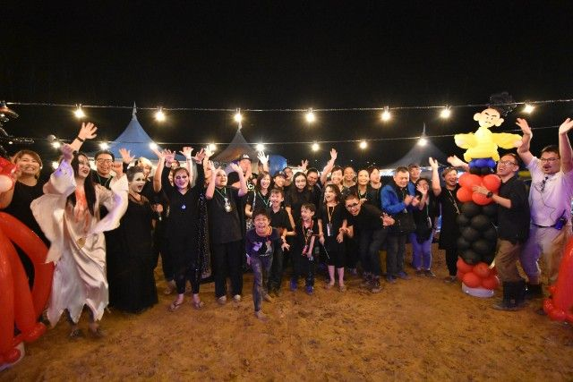 Halloween is my favourite holiday and it has always been. The last time I celebrated Halloween was three years ago in Salem, 33 years since I last celebra... http://www.tsemrinpoche.com/tsem-tulku-rinpoche/current-affairs/the-fangtastic-halloween-charity-night.html