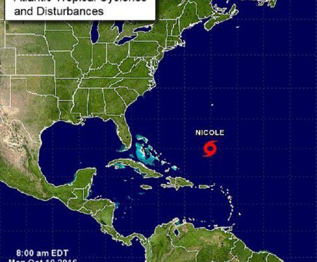 Tormenta Nicole recobra fuerza y puede convertirse hoy en huracán de nuevo - http://www.notiexpresscolor.com/2016/10/10/tormenta-nicole-recobra-fuerza-y-puede-convertirse-hoy-en-huracan-de-nuevo/
