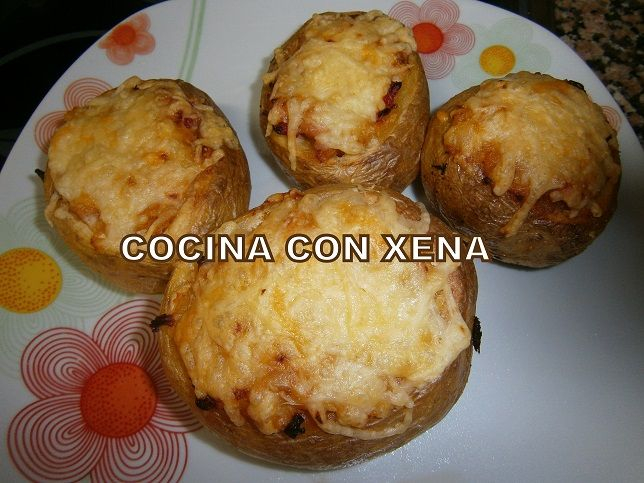 Cocina con xena patatas rellenas con salchichas etc for Cocina con xena olla gm d