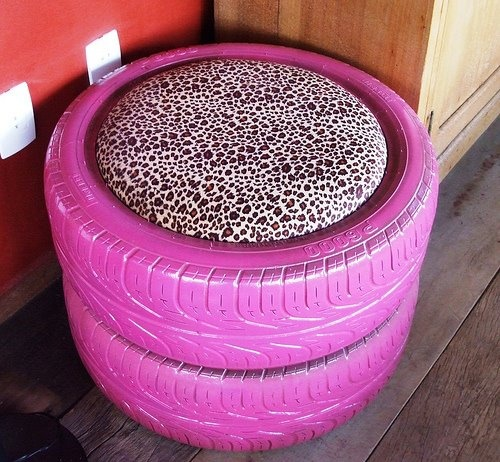 Bench made from Tires.....cute idea for a boys racing themed room or girly girls room too!