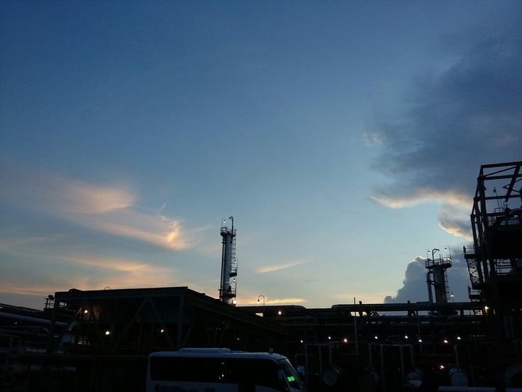 Barrancabermeja Visbreaking Plant...  nice sunset.....