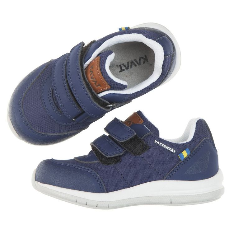 Love this! at Polarn O. Pyret UK & Ireland KAVAT HALLAND KIDS TRAINERS #polarnopyretuk #qualitychildrensclothes #colourfulkidsclothes Waterproof trainers made of leather and recycled nylon. They have an extra scuff guard over the toes for added durability. Double Velcro fastening makes the shoes easy to get on and off, and the well-fitting design makes them suitable for most feet. Soft and cushioning microfibre insole. The rubber outer sole grips the ground well. Model: Halland