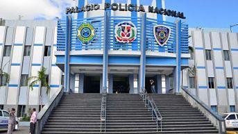 Policía informa que hombre mata suboficial del Ejército de batazo en la cabeza en el barrio Independencia SANTO DOMINGO.-Una sargento mayor del Ejército murió de un batazo en la cabeza que le propinó un hombre durante una discusión en el barrio Independencia,