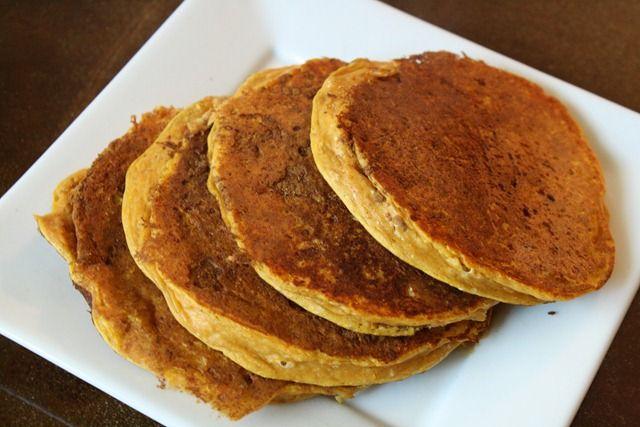 3 ingredient pumpkin protein pancakes
