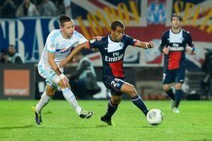 Laurent Blanc calme Thauvin à sa manière avant PSG-OM - http://www.actusports.fr/90731/laurent-blanc-calme-thauvin-sa-maniere-psg-om/
