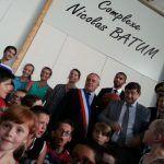 """Il est comment Nicolas Batum? : """"Il est cool et très grand."""" Les enfants de la commune de Moyaux (14)pic.twitter.com/4WQ9aScUmV"""