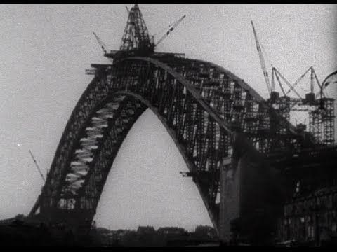 Sydney's Harbour Bridge 1933