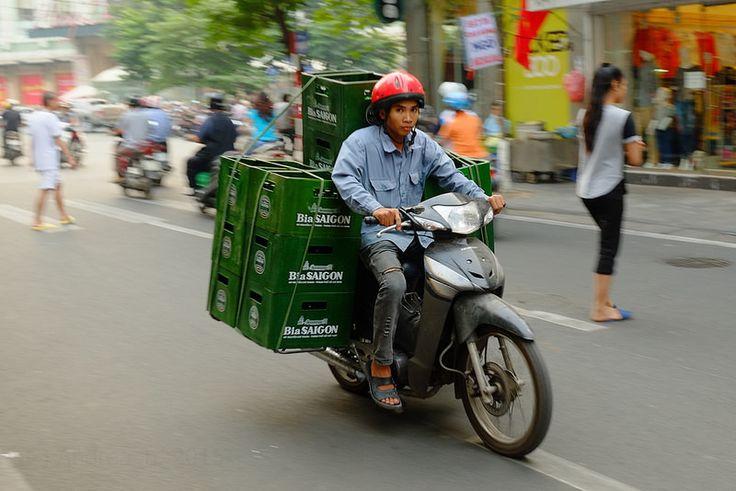 Street Life - Hanoi (Subtitle Asia Overloaded #17)
