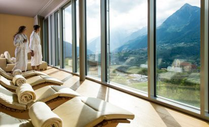 Panoramic relaxation rooms