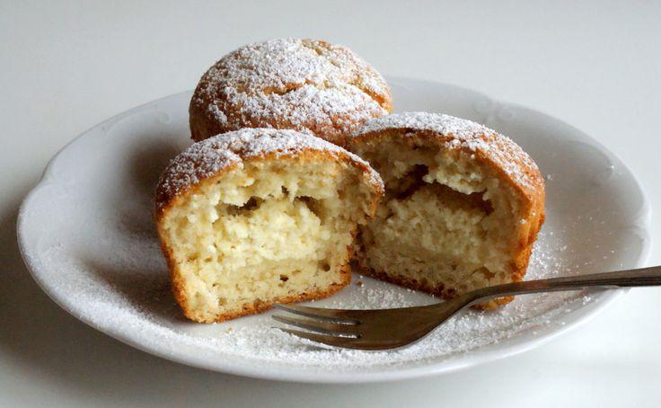 Muffiny z białym serem.
