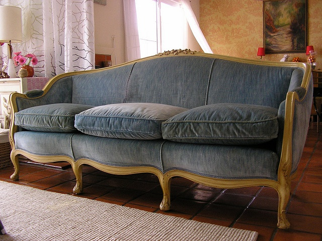 17 Best Ideas About Grey Velvet Sofa On Pinterest Gray