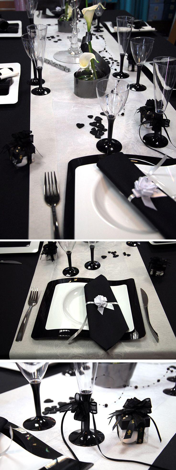 Table de mariage noire et blanche, osez la ! Très classe, elle est simple à réaliser.   #mariage #wedding #noiretblanc #blackandwhite