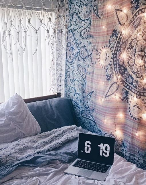 bedroom tapestry. Boho Blue Bedroom with Medallion Tapestry  Trendslove Best 25 Dorm tapestry ideas on Pinterest Room