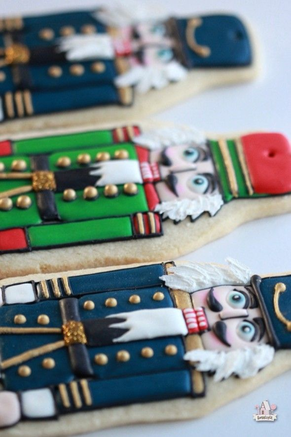 {Video} How to Decorate Nutcracker Cookies | Sweetopia