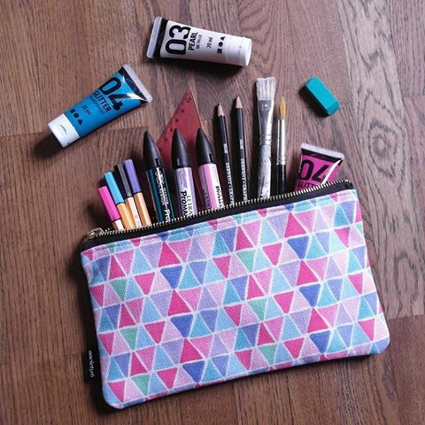 Carry all pouch medium size