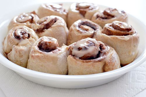 Healthy Cinnamon Rolls (110 calories each)