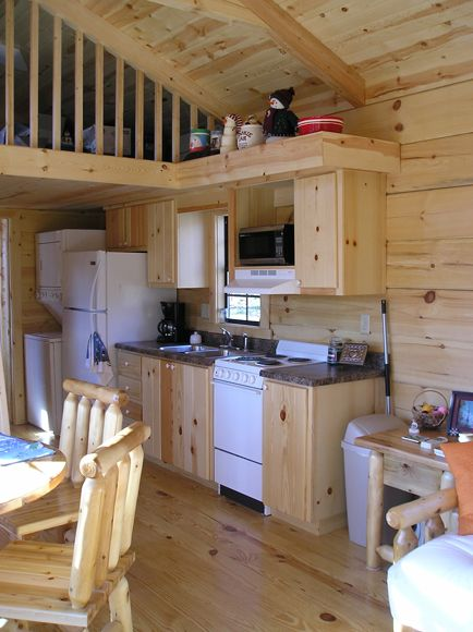 Small cabin kitchen omg i want this to be my small home for Small cabin kitchen designs