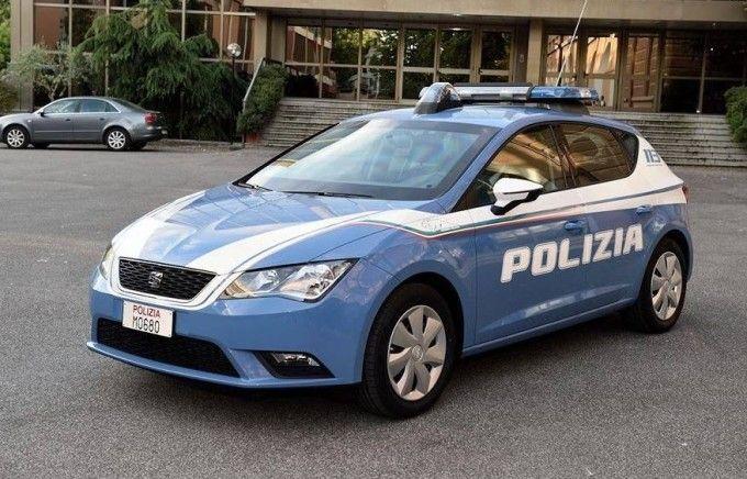 SEAT-Leon-della-Polizia-e1435934435446.jpg (680×436)