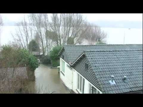 Hoogwater in Tiel - YouTube