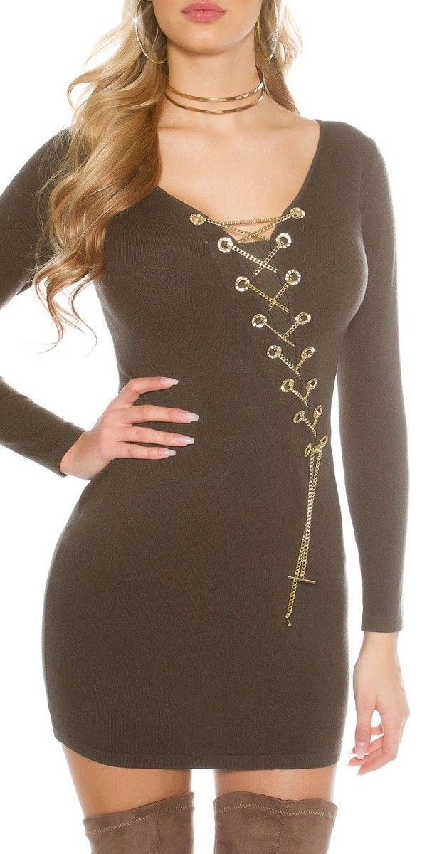 Svetrové šaty s řetízkem